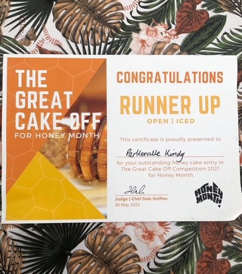Kindy's Honey Cake Runner Up at the Gidgegannup Small Farm Field Day!